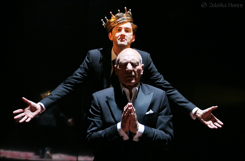 David Tennant as Hamlet and Patrick Stewart as Claudius