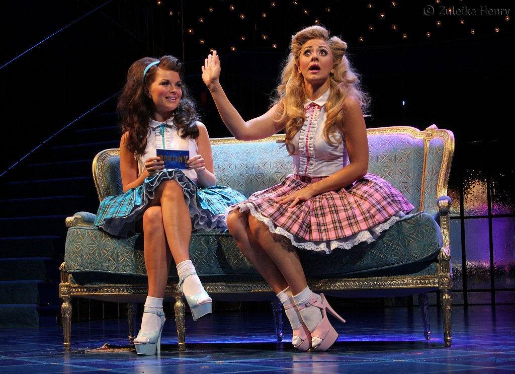 Suzanna Fielding as Portia and Emily Plumtree as Nerissa