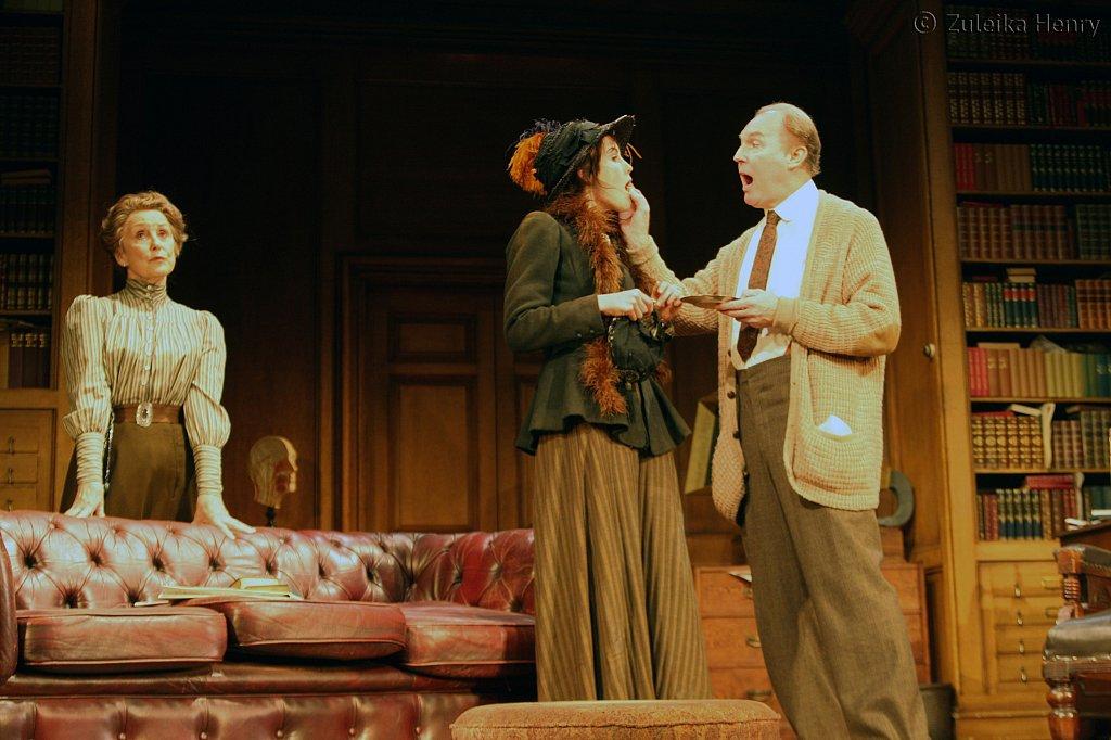 Una Stubbs, Michelle Dockery and Tim Pigott-Smith