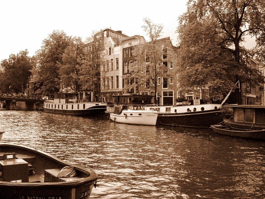 Amsterdam-Holland-7.jpg