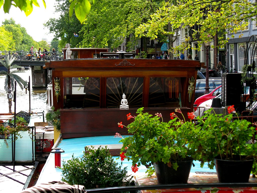 Houseboat B&B on Prinsengracht