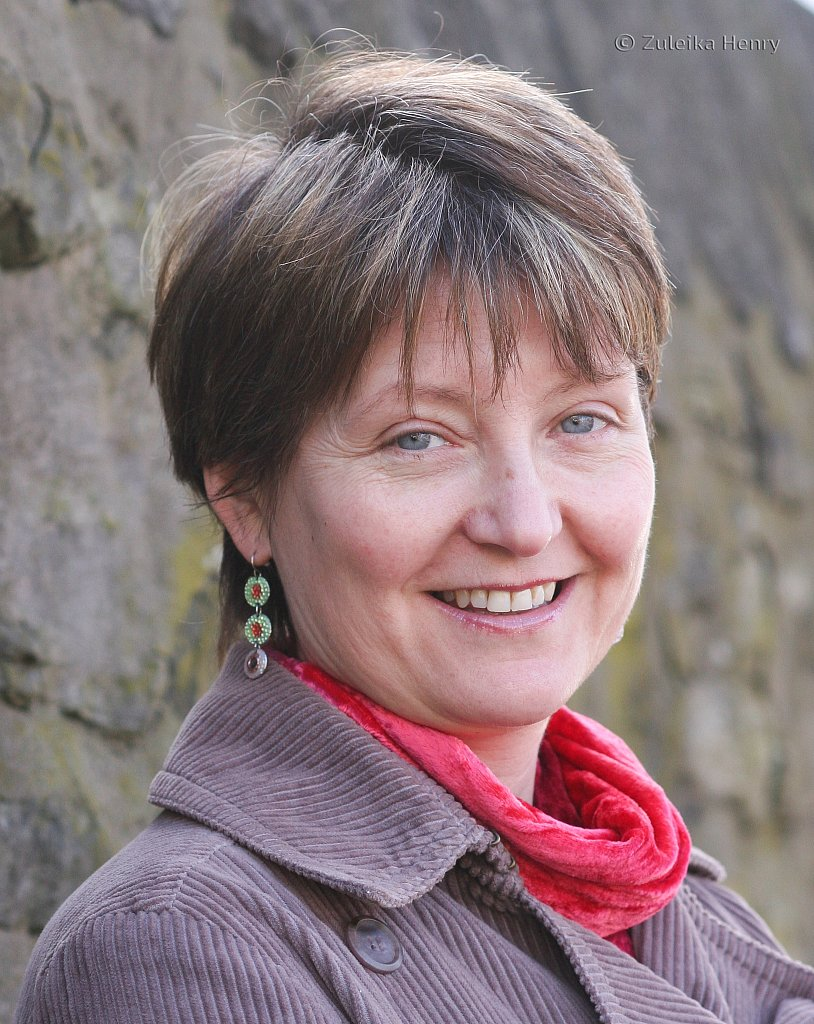 Shiona Morton writer