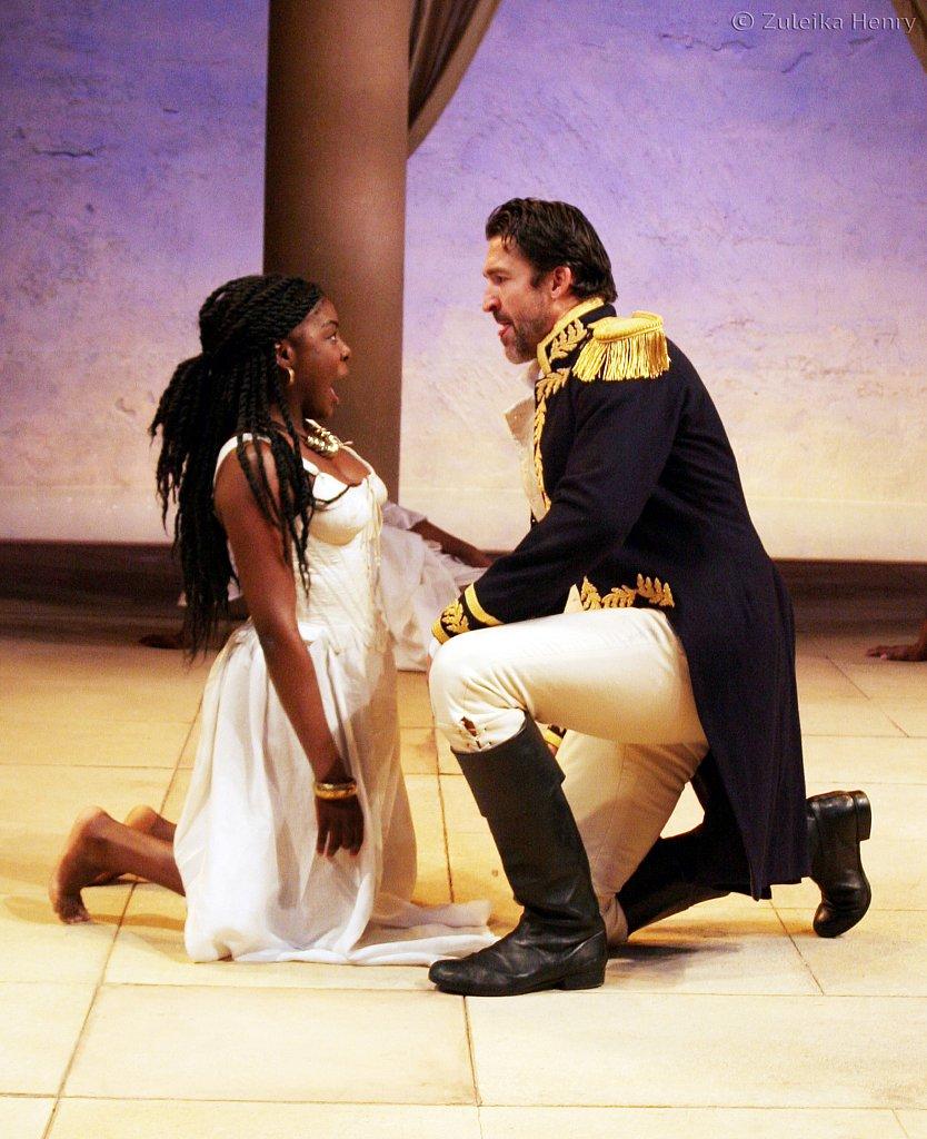 Joaquina Kalukango as Cleopatra and Jonathan Cake as Antony