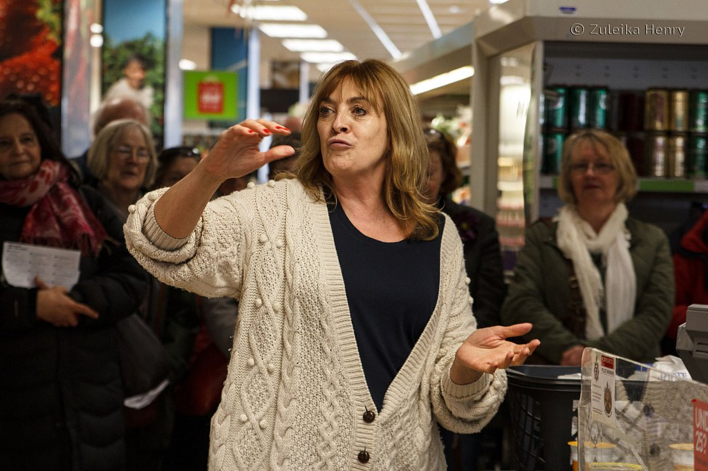 The-Shopping-List-by-Melanie-Greenwood-performed-by-Lynda-Rooke