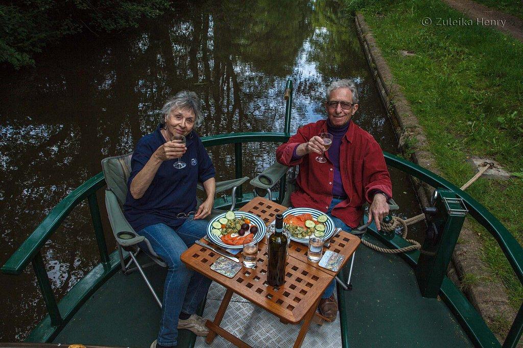 534-Zuleika-Henry-Brecon-and-Abergavenny-Canal-50-shades-of-green.jpg