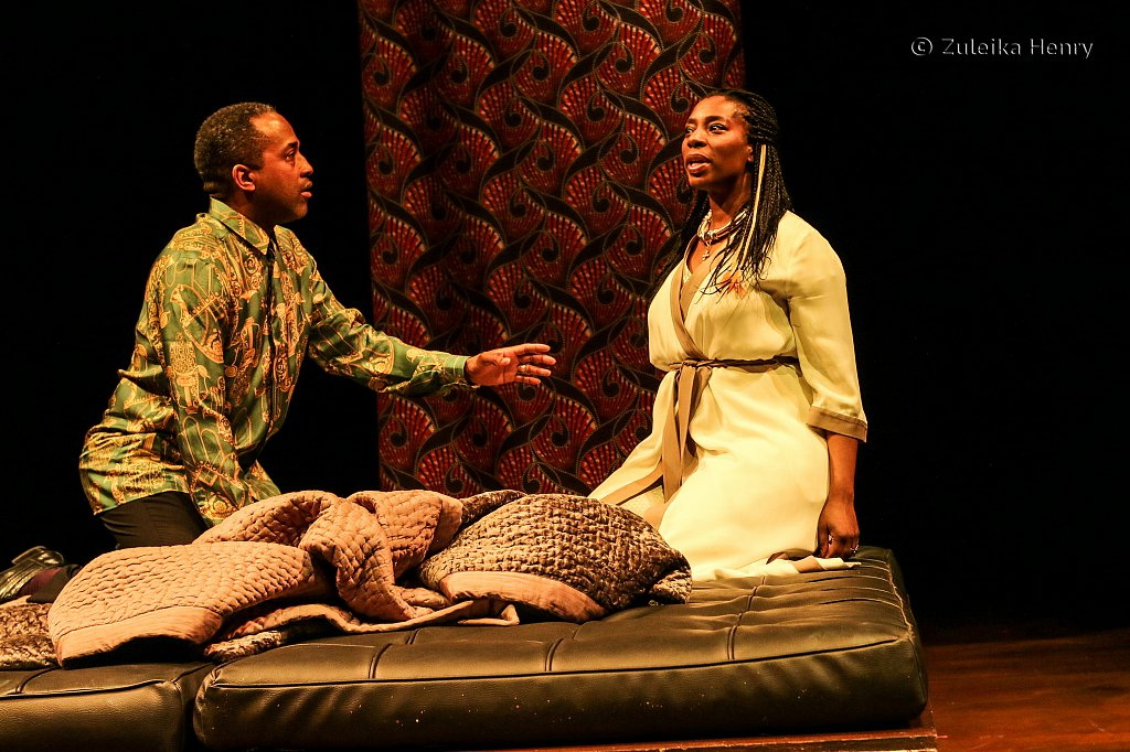 Clarence Smith as Claudius and Tanya Moodie as Gertrude