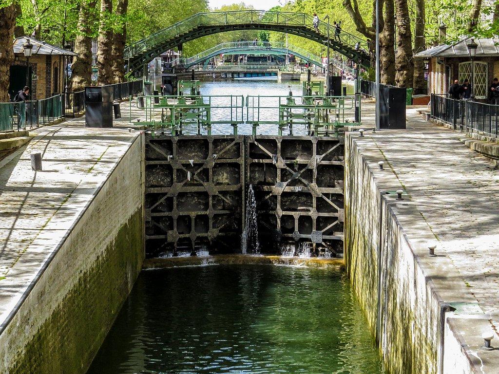 91-Zuleika-Henry-Paris-in-the-Spring-2016.jpg