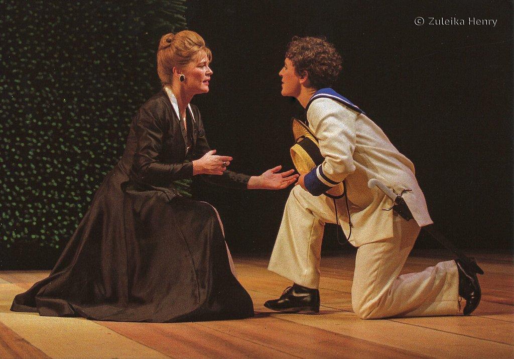Clare Holman as Olivia , Helen Schlesinger as Viola 'Twelfth Night' 1997
