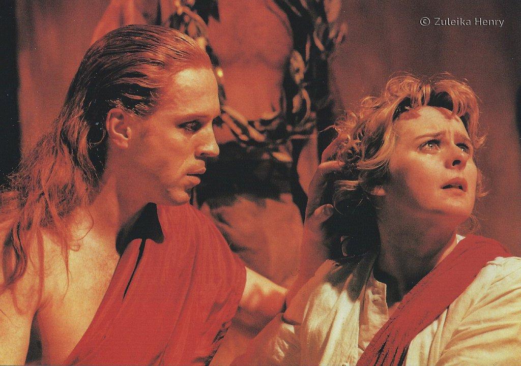 Damian Lewis as Posthuus and Joanne Pearce as Imogen 'Cymbeline' 1997