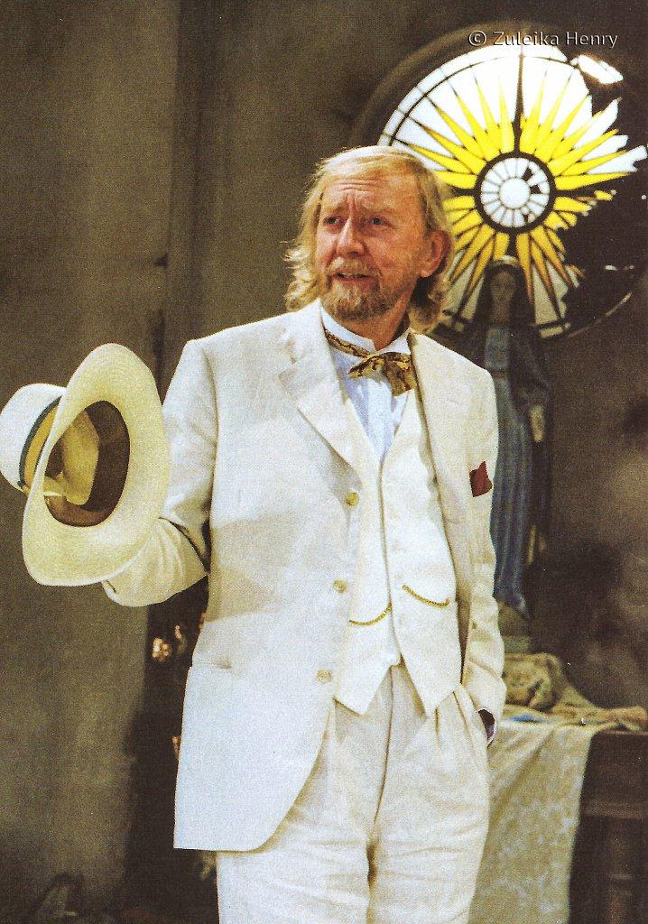 Ray Hanton as Pandarus  'Troilus and Cressida' 1999