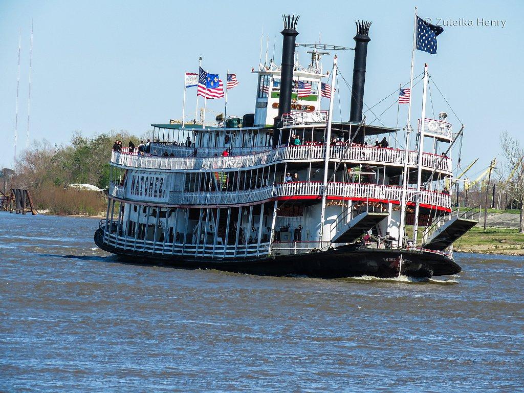 Natchez paddle steamer on The Mississippi