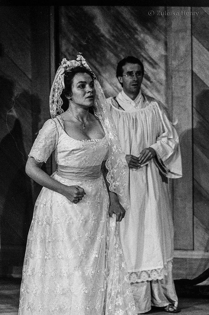 Jacqueline Dankworth as Hero