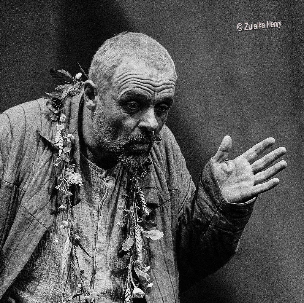 04-Zuleika-Henry-NT-King-Lear-1986-Antony-Hopkins.jpg