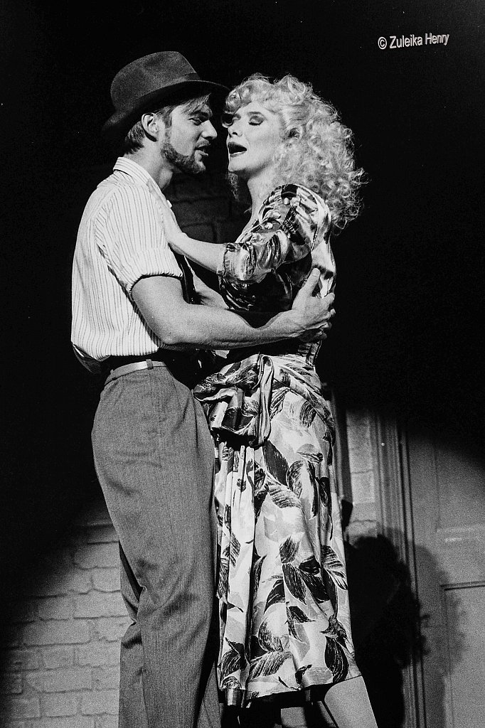 07-Zuleika-Henry-Kiss-Me-Kate-Old-Vic-1987.jpg
