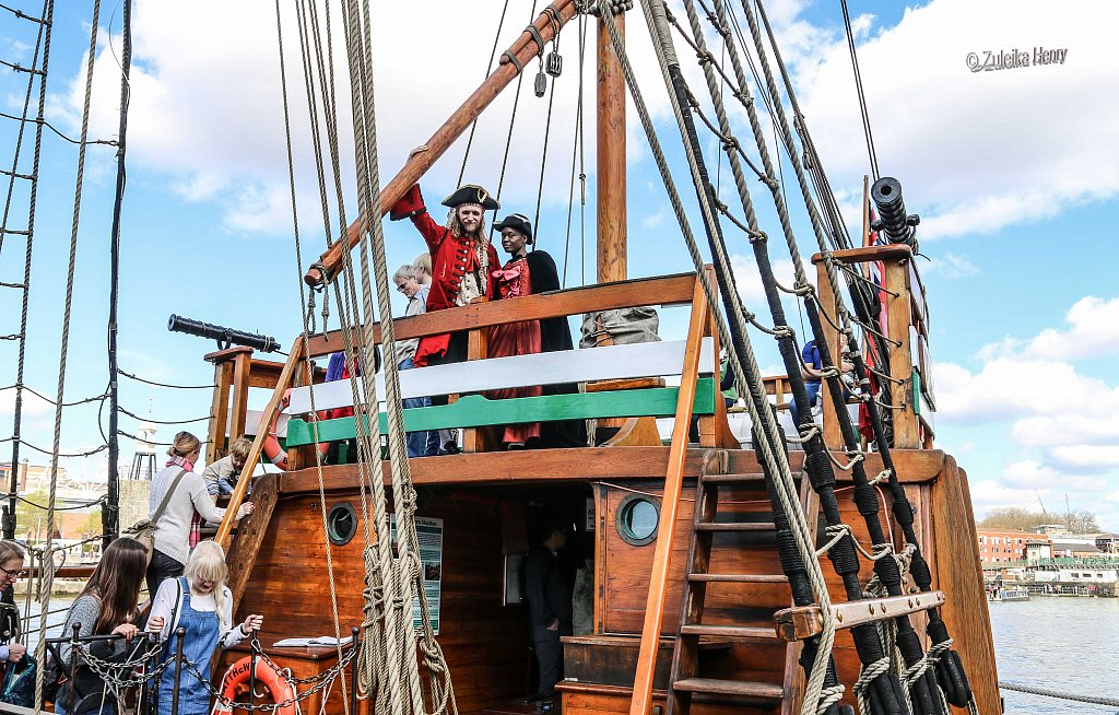 214-Zuleika-Henry-SOS-Treasure-Island.jpg