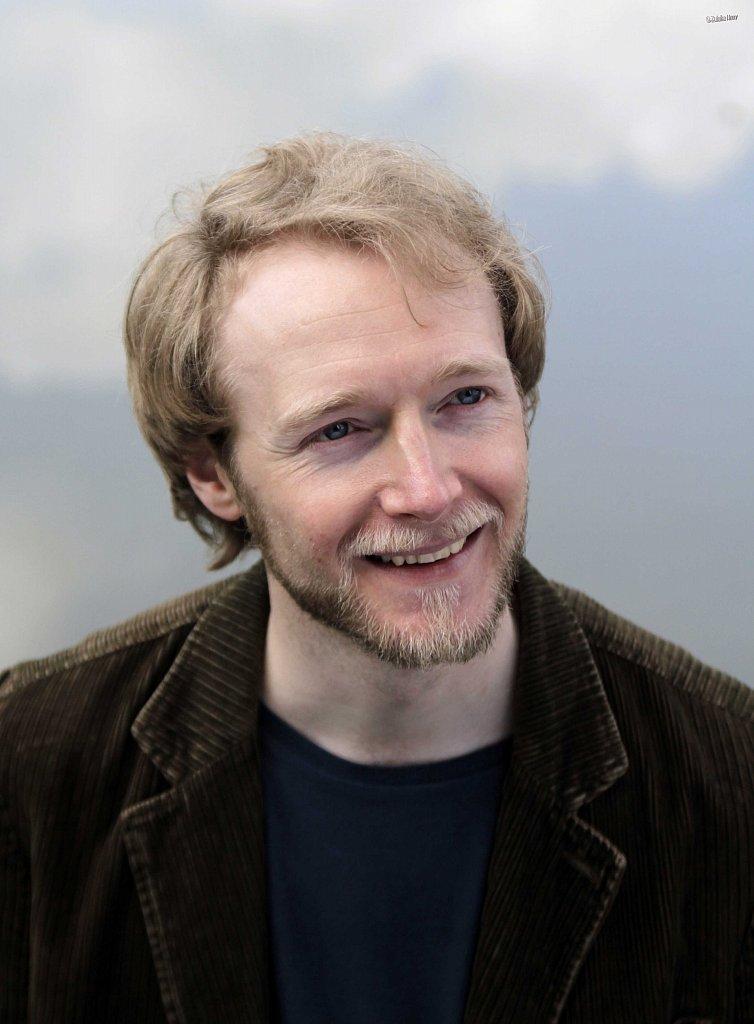 Gerard-Cooke-actor-2013-2.jpg