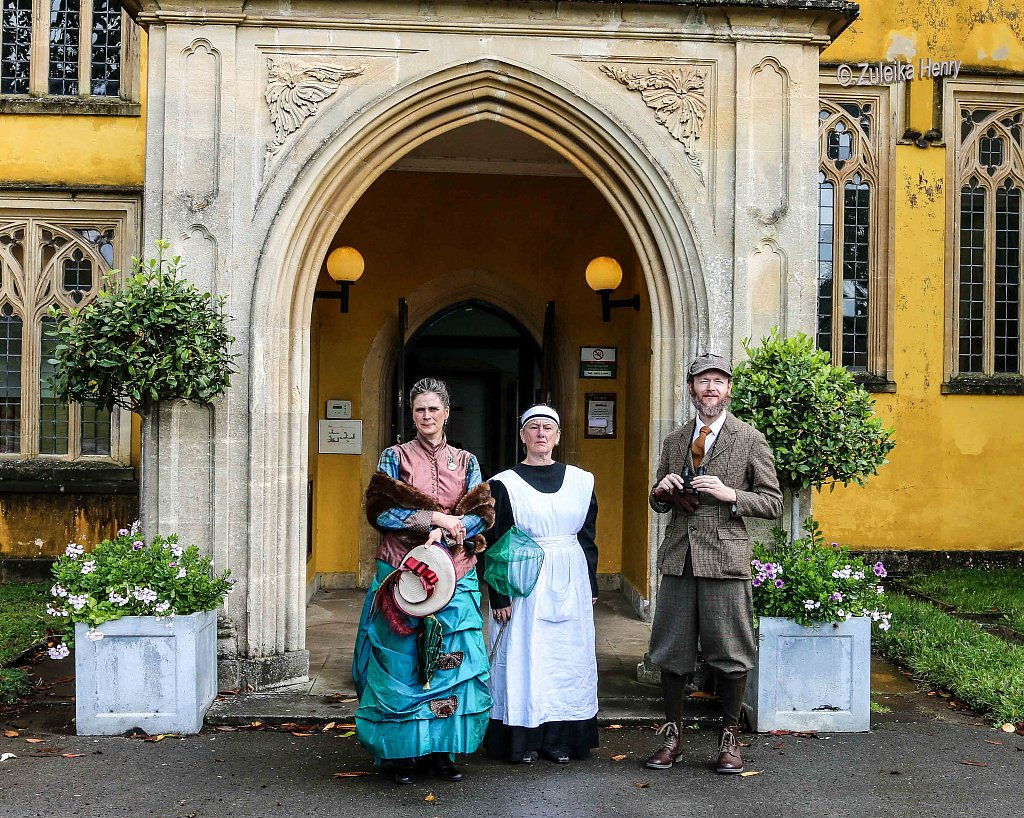 Kirsty Cox and Gerard Cooke as Lady Emily and Sir Greville Smyth Sheila Hannon as servant Kate