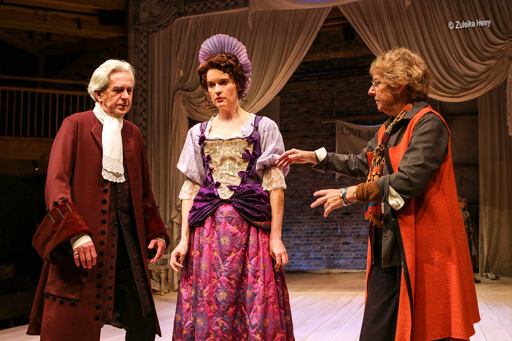 96-Zuleika-Henry-RSC-Love-for-Love-2015-Nicholas-Le-Provost-Justine-Mitchell-with-Selina-Cadell.jpg