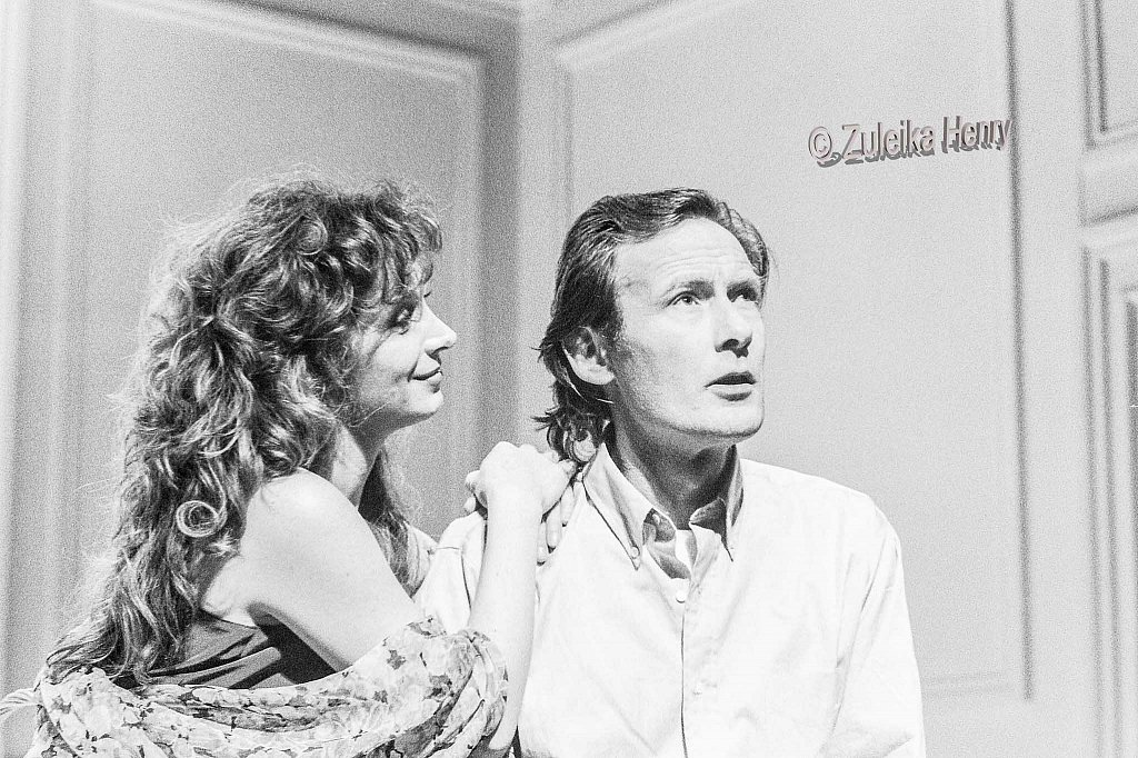 Bill Nighy as Jerry and Cherly Campbell as Emma